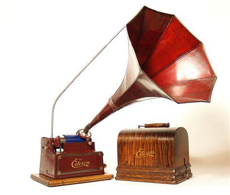 vintage edison cylinder phonograph jpg 1600x1362