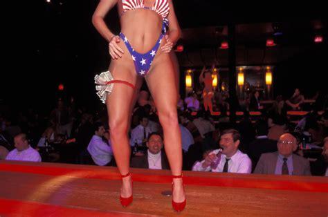 All things male strippers atmalestrippers twitter jpg 664x441