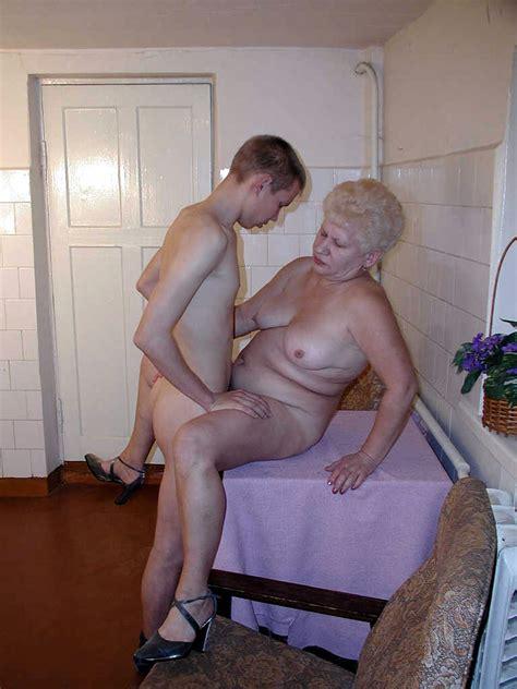 Granny fucks young boys porn videos jpg 900x1200