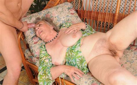 chubby old grannies jpg 883x553